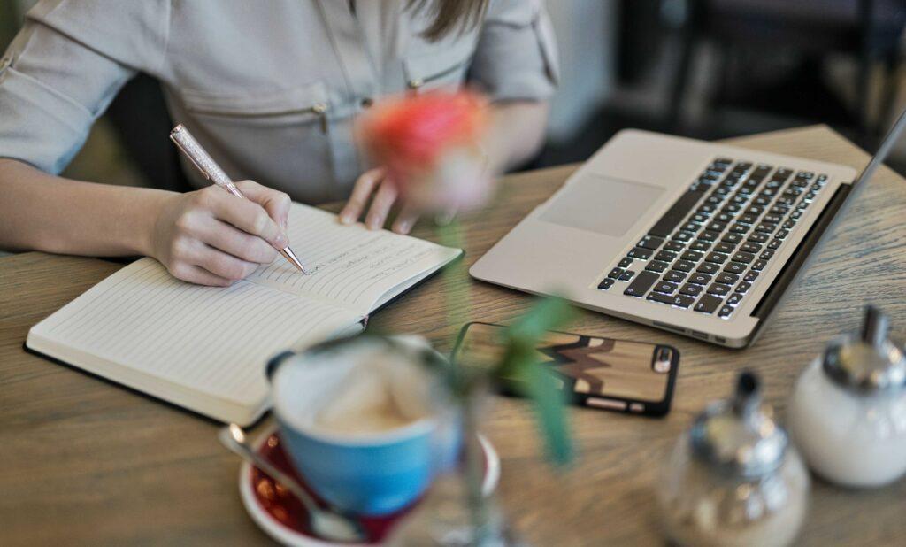 Lavori per nomadi digitali: Web Writer